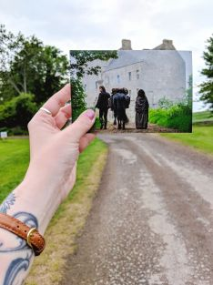 """Lallybroch"" Midhope Castle - Outlander Filming Location - Scotland, UK"